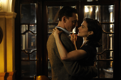 DBS10 034 Rachel Weisz (Hester Collyer) & Tom Hiddleston (Freddie Page)